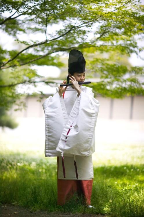 Nonaka Kumiko i shirabyoshi-kostym
