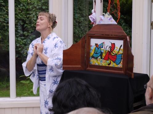 Tanabata är en kärlekssaga om vävarprinsessan Orihime och herden Hikoboshi